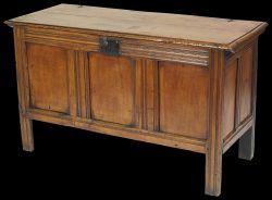Applewood Coffer